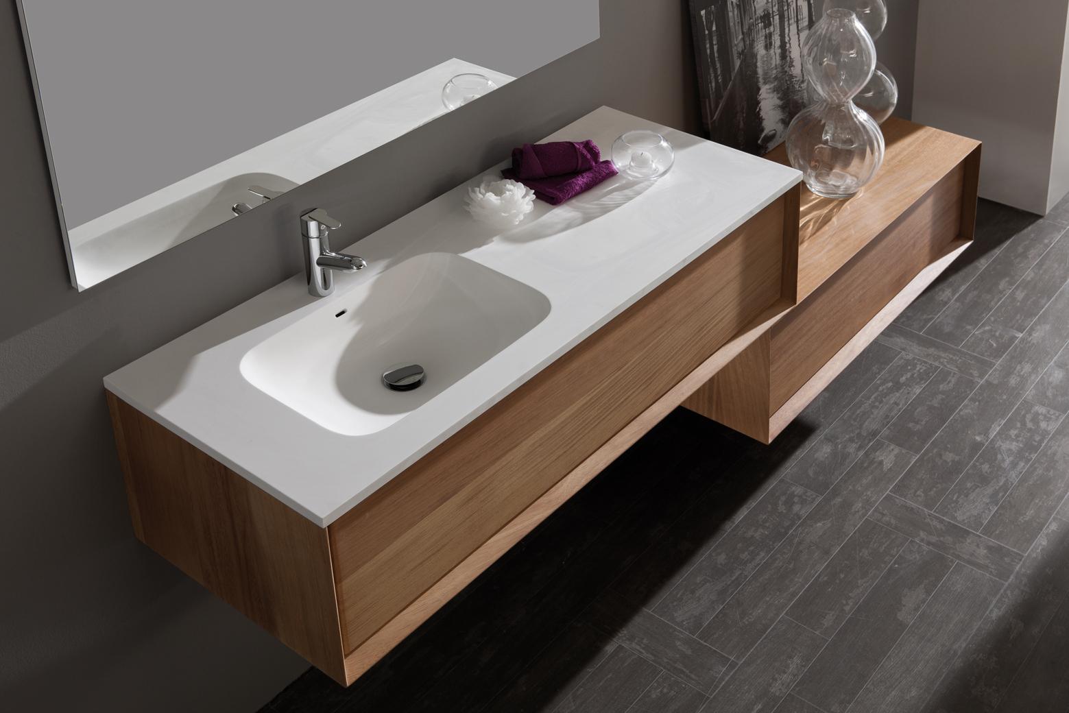 Naxani salle de bain design aquabains for Plafonnier de salle de bain