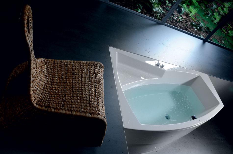 baignoire baln o asym trique evia l 170x100x47cm. Black Bedroom Furniture Sets. Home Design Ideas
