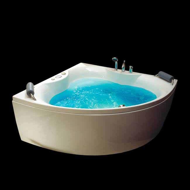 Baignoire balnéo : Design, fonctionnalité, luxe et confort !