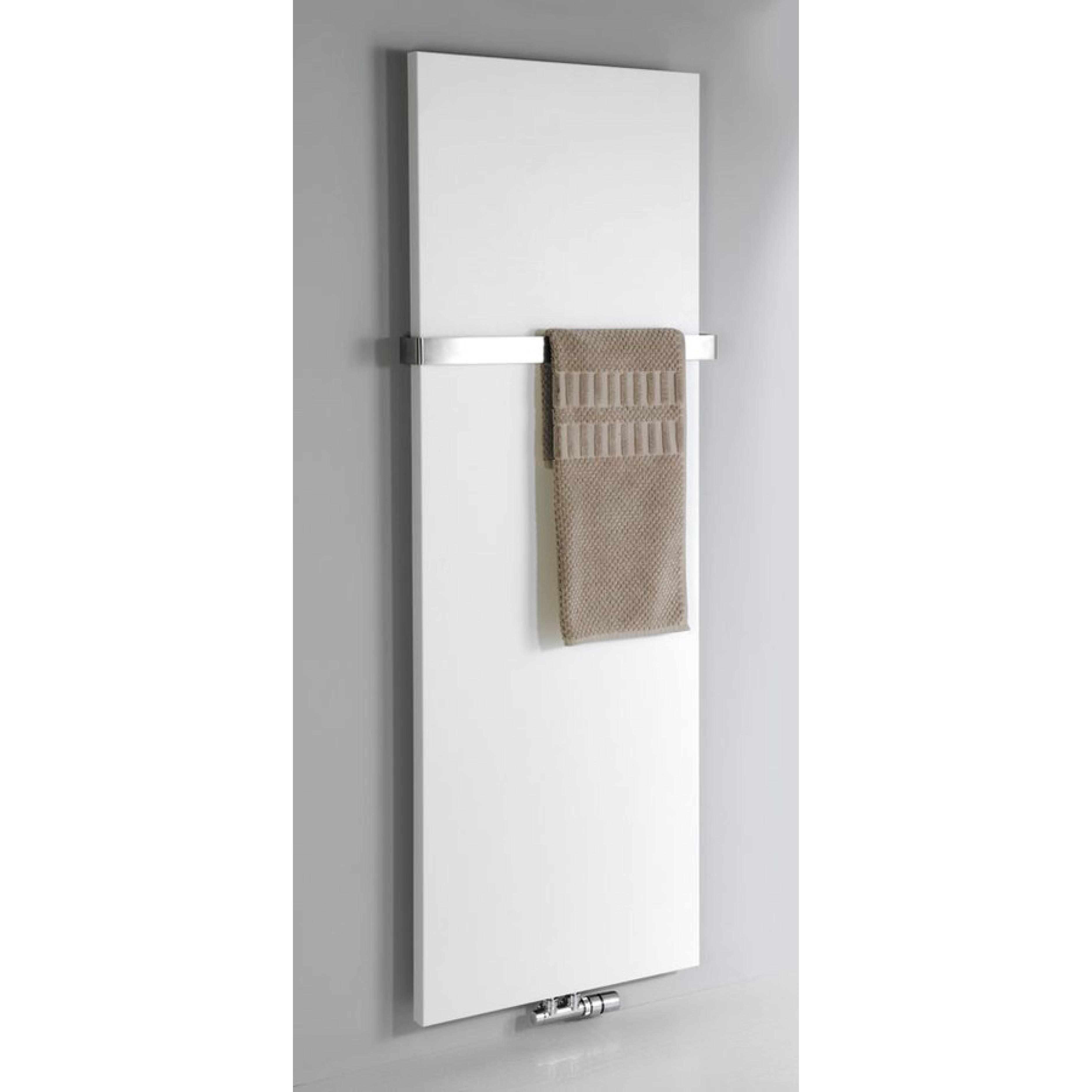 radiateur eau chaude magnifica aquabains. Black Bedroom Furniture Sets. Home Design Ideas